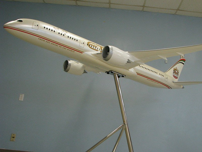 "This PacMin 1/25 scale exhibit model in Etihad livery is 99"" / 252cm in length."