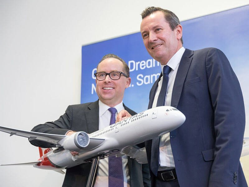 Qantas CEO Alan Joyce (left) with Premier of Western Australia Mark McGowen