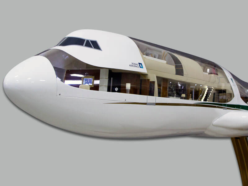 1/20 scale 747-8i cutaway in Greenpoint paint scheme featuring VIP interior. The model measures 13 feet (3.8 m) long.