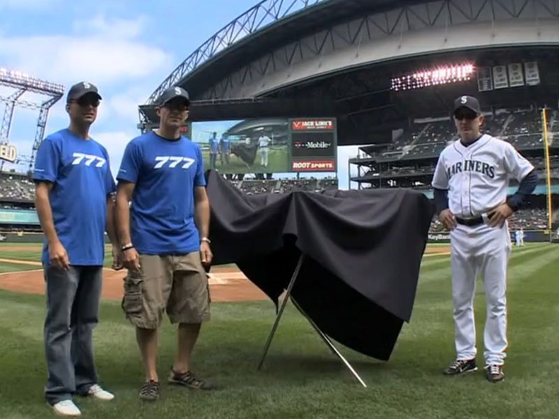 The Seattle Mariners prepare to unveil a surprise custom model on Boeing 777 Day.