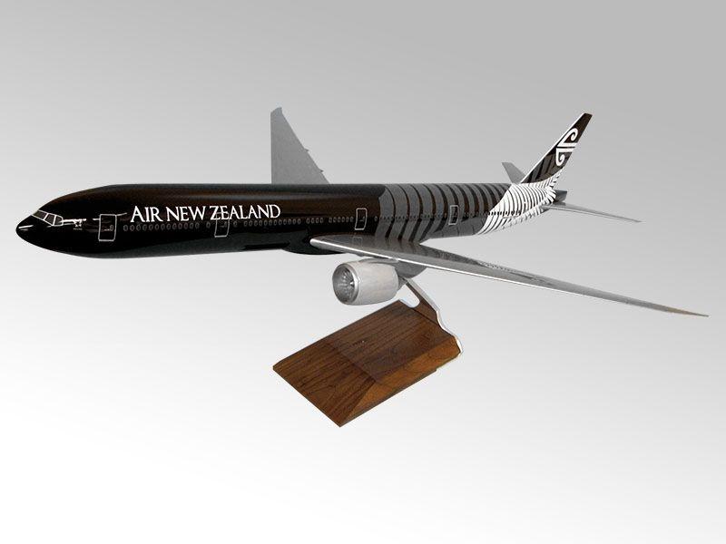 100 777-300ER AirNewZealand