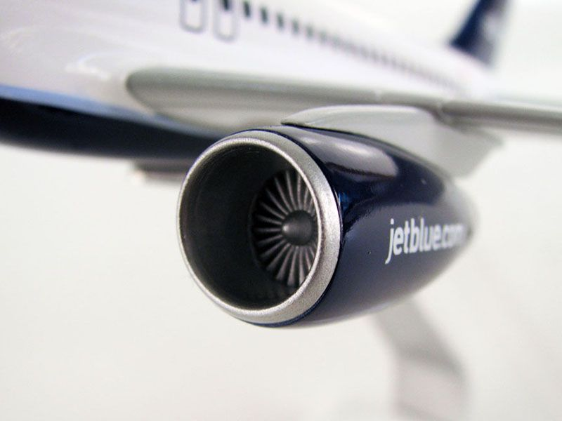144_a320_jetblue_engine-r
