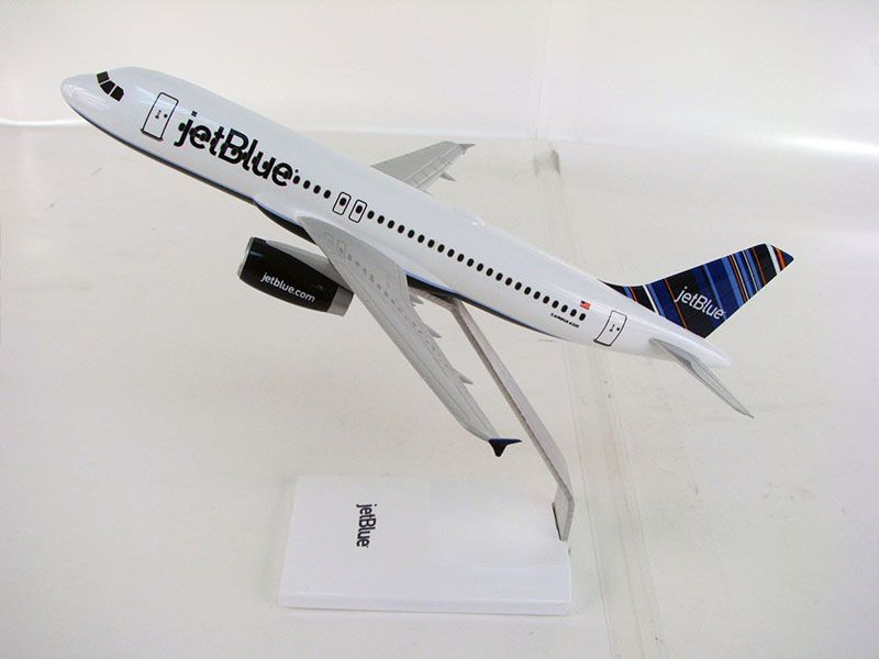 144_a320_jetblue_side_r