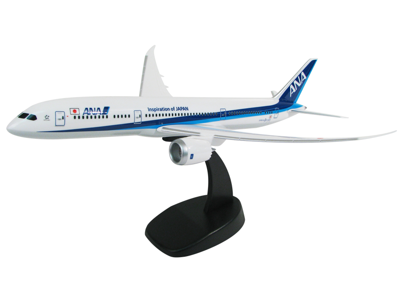 1/200 scale Boeing 787 PacMin Economy model in ANA livery
