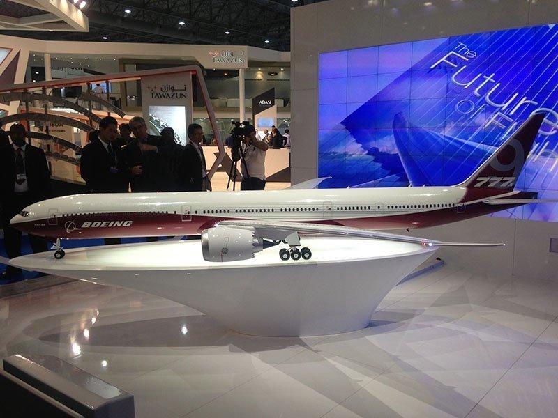 777X model full view