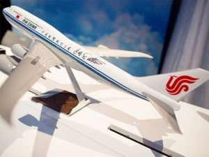 1/100 scale PacMin Air China 747-8i model autographed by Joe Sutter, Father of the 747. / Photo courtesy of USA Today