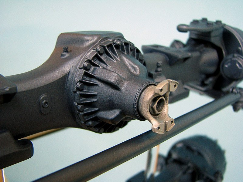 The 1/10 scale 5000 Series Front Axle Award was produced using advanced 3D printing technology.