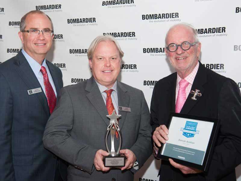 Bombardier presented Duncan Aviation with the 2014 Bombardier Authorized Service Facility Excellence Award at NBAA. The sculpture was designed by MK Shannon and produced by PacMin. / Photo courtesy of Duncan Aviation