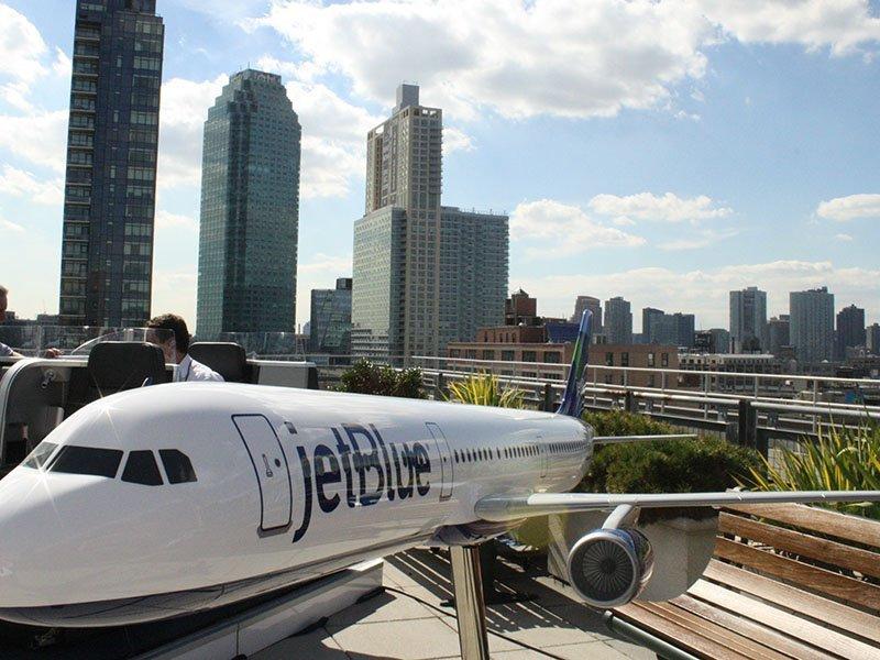 JetBlue Mint 01