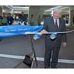 joe-sutter-custom-747-exhibit-model-3