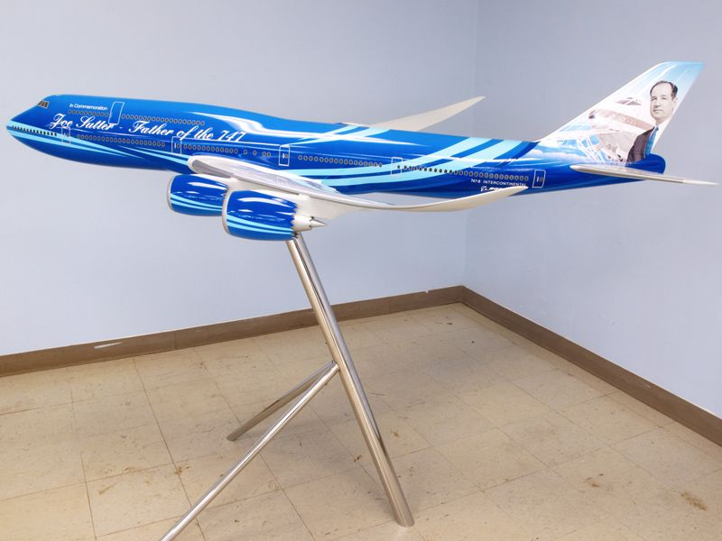 joe-sutter-custom-747-exhibit-model