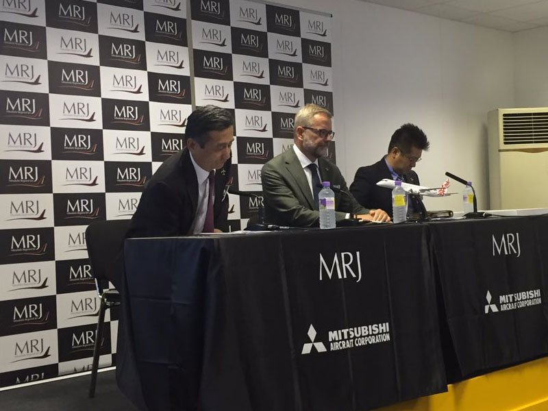Hiromichi Morimoto MRJ CEO announces LOI from Rockton for 10 MRJ aircraft at Farnborough 2016. / Photo courtesy of Airways