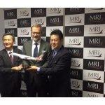 Hiromichi Morimoto MRJ CEO announces LOI from Rockton for 10 MRJ aircraft at Farnborough 2016. / Photo courtesy of Pratt and Whitney