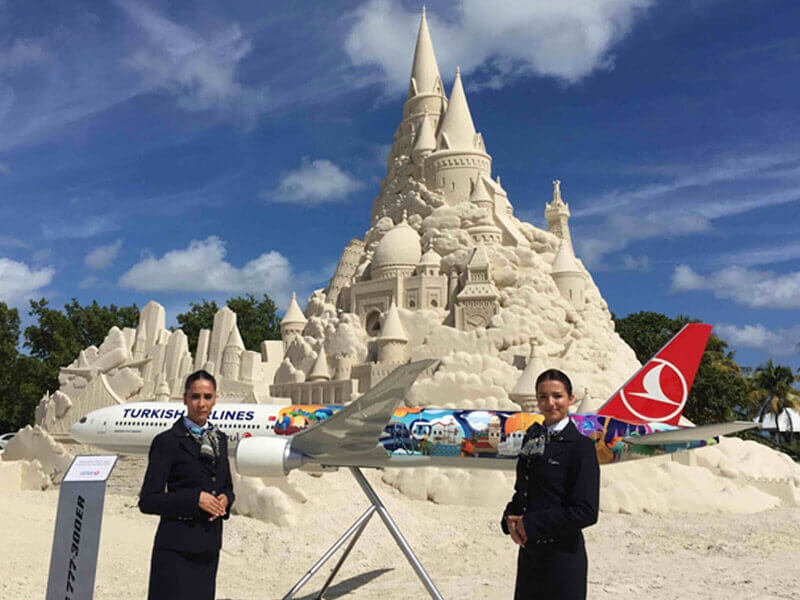 Turkish Airlines sponsored the building of the world's tallest sand castle and a large scale 1/15 scale PacMin exhibit model. // Photo courtesy of Turkish Airlines